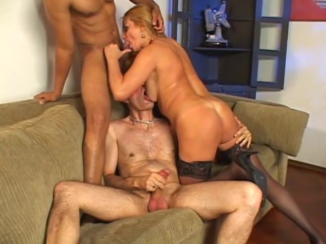 lesbian ebony granny extreme orgasm with daughter